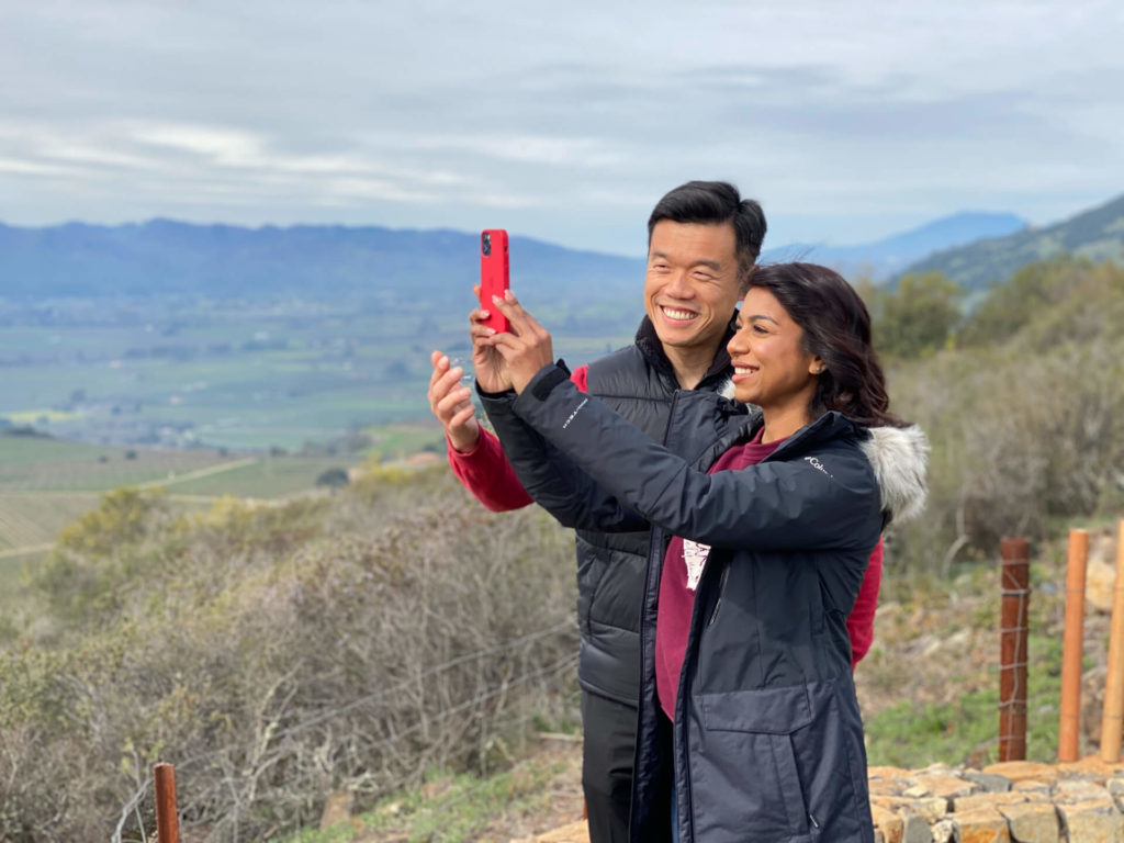 Couple taking a selfie in Wine Country on a romantic day out